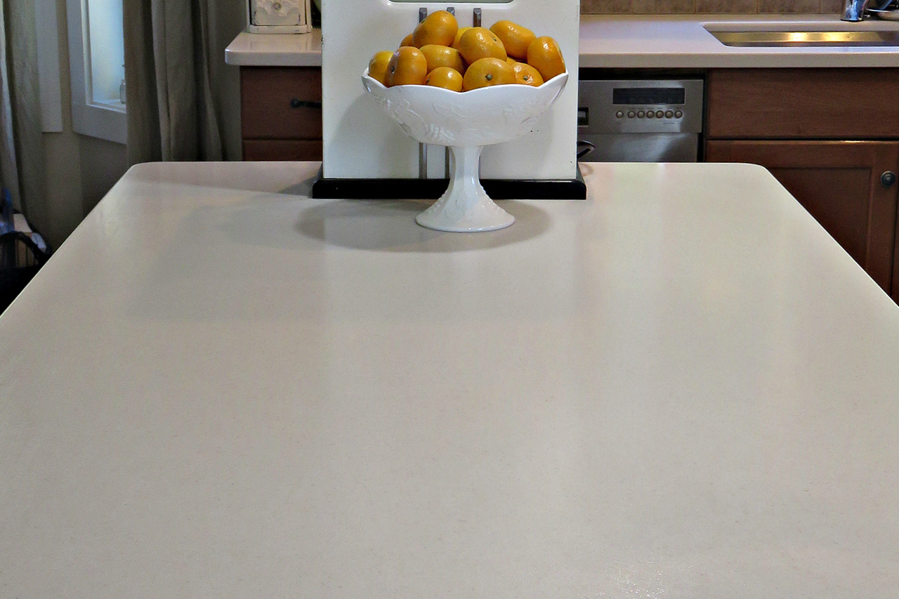 Kelowna_Finishing_Carpentry_Green_Triangle_Contracting_Miscellaneous_Projects_Corian_5