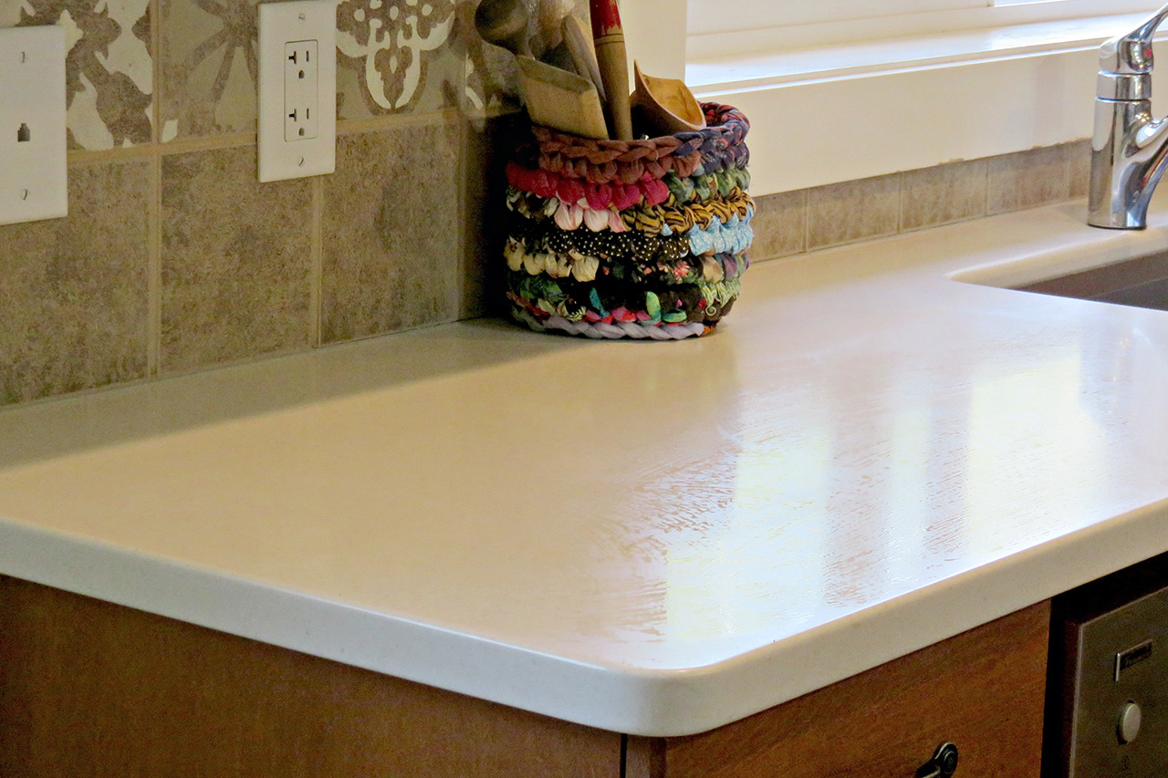 Kelowna_Finishing_Carpentry_Green_Triangle_Contracting_Miscellaneous_Projects_Corian_1