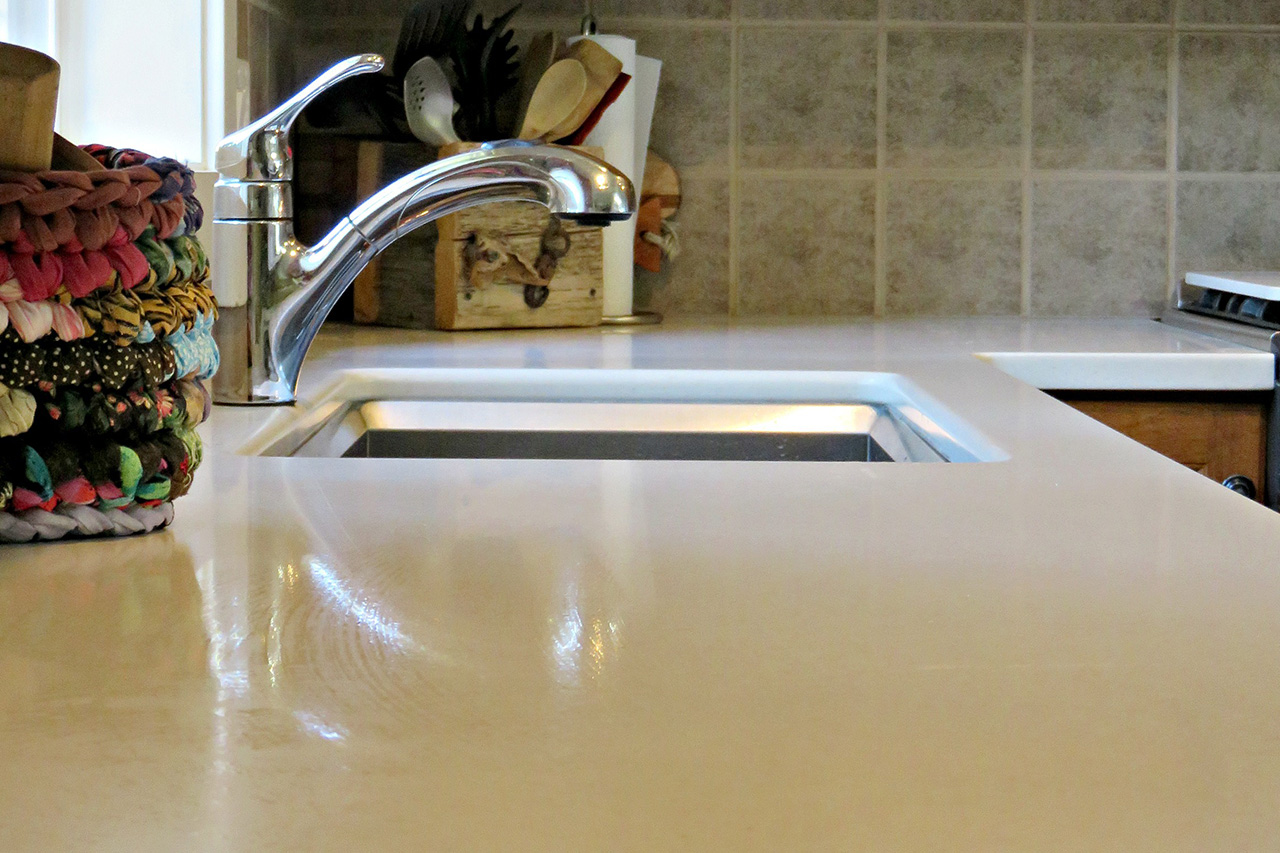 Kelowna_Finishing_Carpentry_Green_Triangle_Contracting_Miscellaneous_Projects_Corian_3